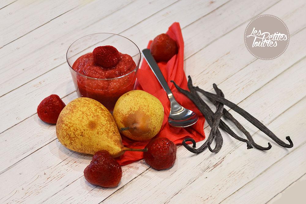 recette maison simple compote poire fraise et vanille. Black Bedroom Furniture Sets. Home Design Ideas