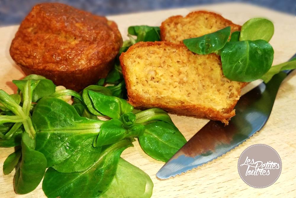 Découvrez une délicieuse recette de pains de thon qui se dégustent aussi bien chauds que froids, en format cake ou en individuels !